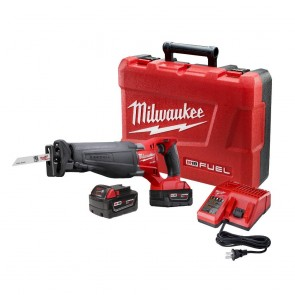 Milwaukee M18 FUEL Cordless Sawzall Reciprocating Saw with 2 REDLITHIUM Batteries