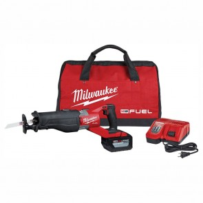 Milwaukee M18 FUEL Super Sawzall Kit